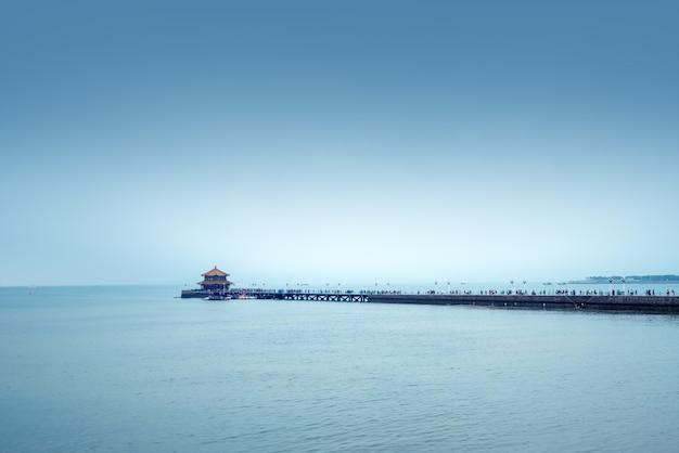 Pont à chevalets de mer de qingdao, chine