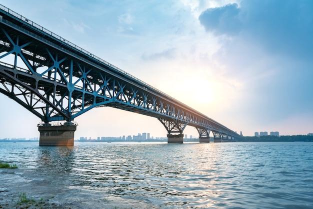Pont sur le fleuve yangtsé nanjing
