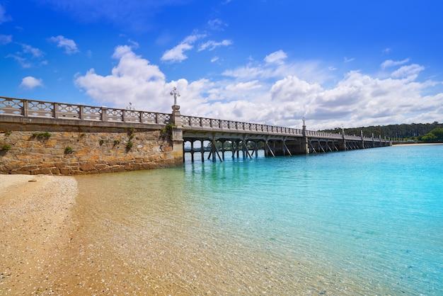 Pont de l'île de la toja toxa à pontevedra en galice