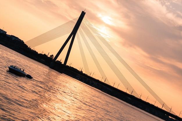 Pont moderne à riga