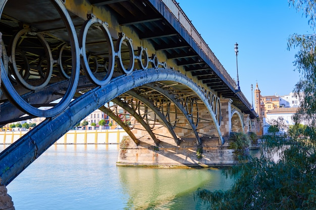 Pont de puente isabel ii à triana séville andalousie