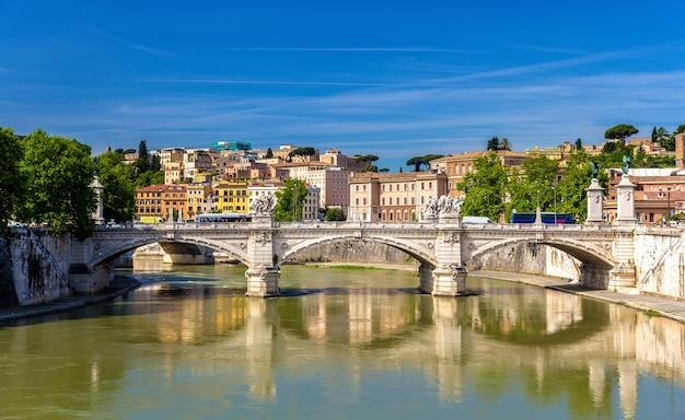 Pont vittorio emanuele ii à rome