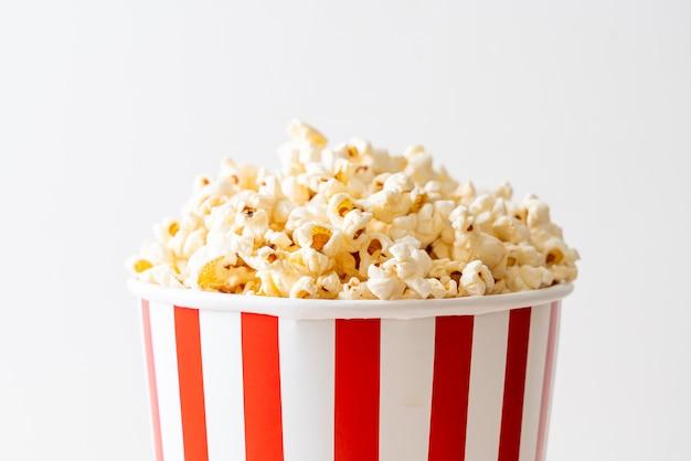 Pop-corn de film dans un seau