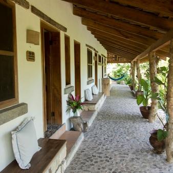 Porche d'une maison, copan, ruines de copan, département de copan, honduras