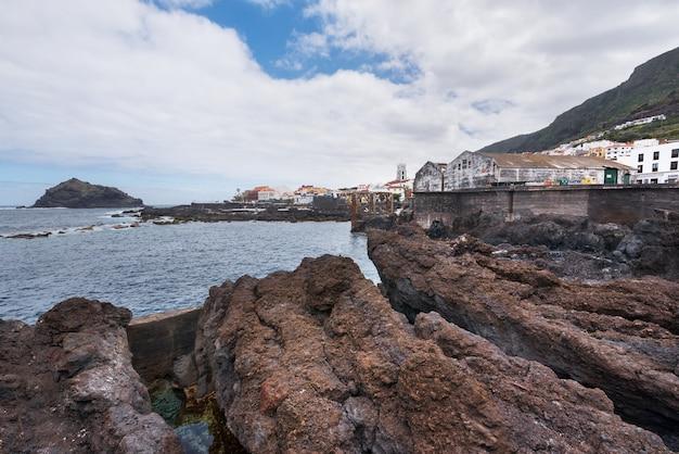 Port de garachico, au nord de l'île de tenerife, îles canaries, espagne.