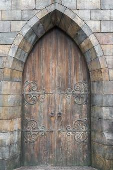 Porte antique style rétro.