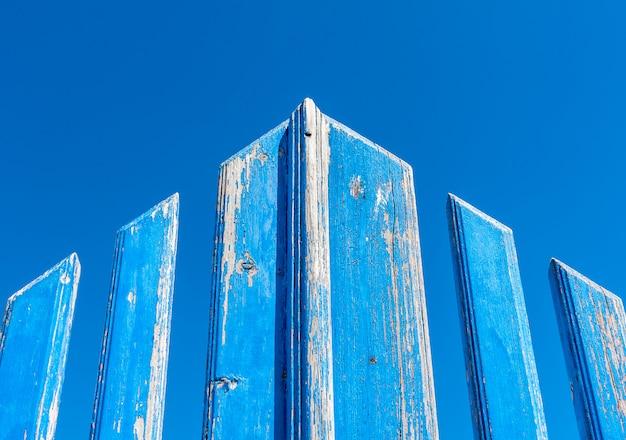 Porte grunge bleue