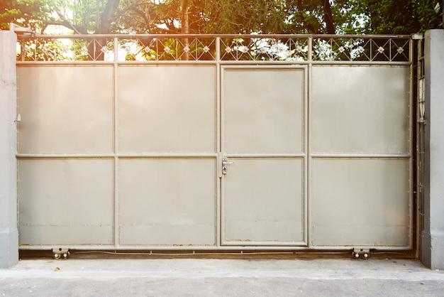 Porte avec stock d'entrepôt closeup