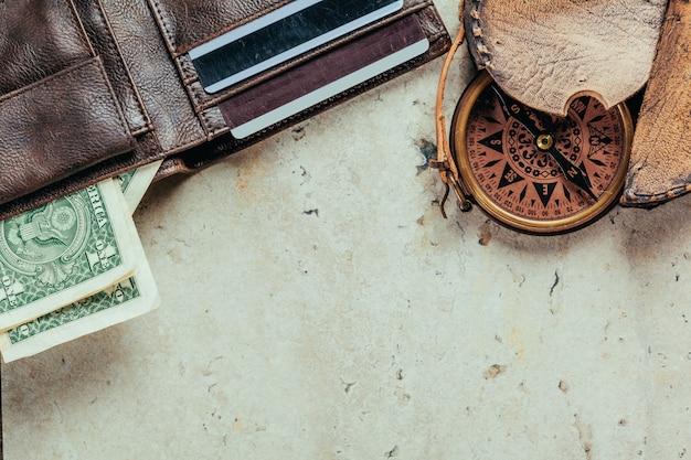 Portefeuille complet, cordelette avec coquillages