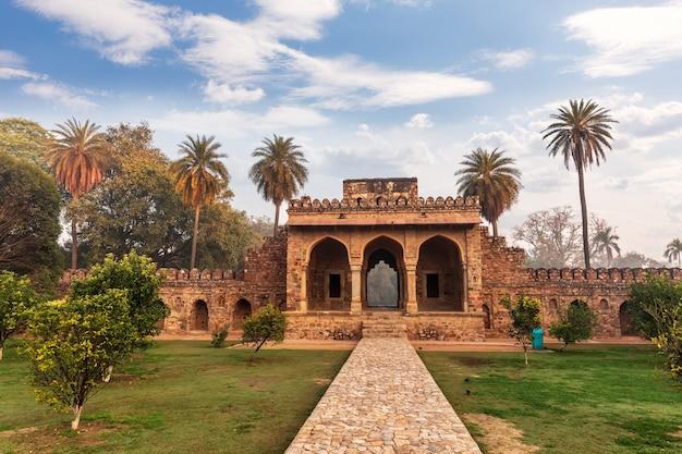 Portes de la tombe de humayun, paysage de l'inde, new delhi.