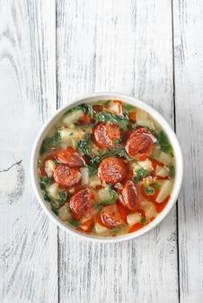Portion de soupe caldo verde