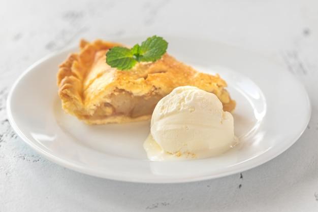Portion de tarte aux pommes