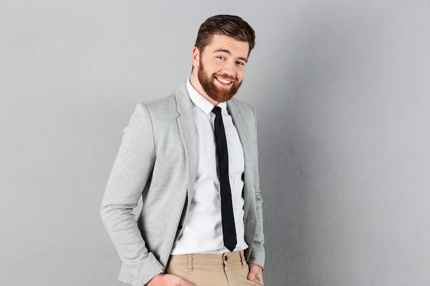 Portrait, beau, homme affaires, habillé, complet