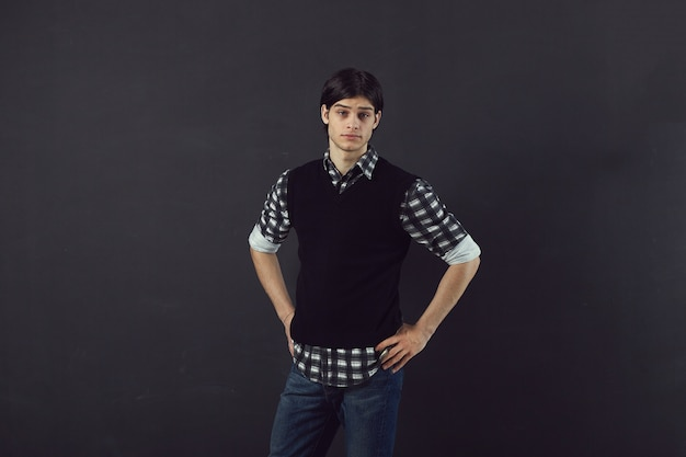 Portrait d'un beau jeune homme
