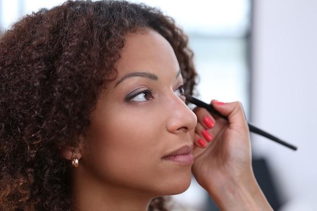 Portrait de beauté, portrait de maquillage, maquillage