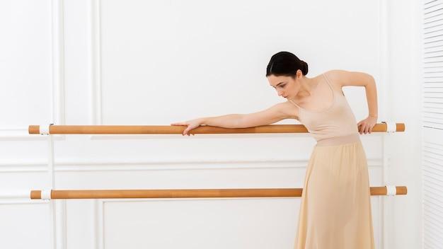Portrait de la belle danseuse ballerine