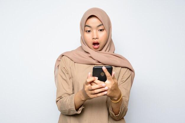 Portrait d'une belle femme asiatique