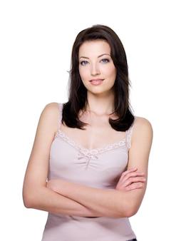 Portrait de la belle jeune femme brune