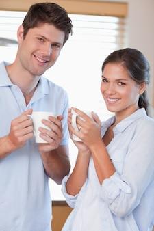 Portrait, couple, boire, café