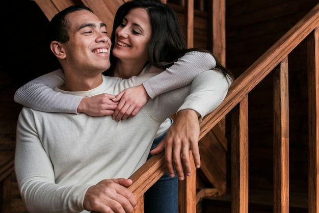 Portrait de couple ensemble amoureux