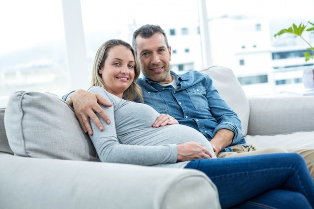Portrait, couple, séance, sofa