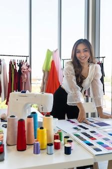 Portrait créateur de mode asiatique