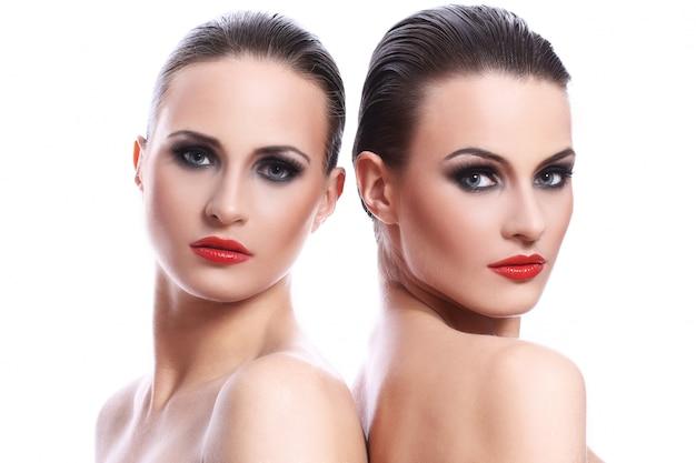 Portrait de deux belles femmes