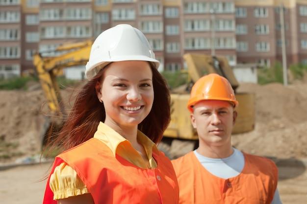 Portrait de deux constructeurs