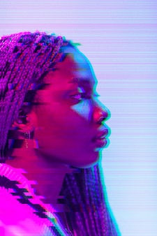 Portrait de femme abstraite vaporwave