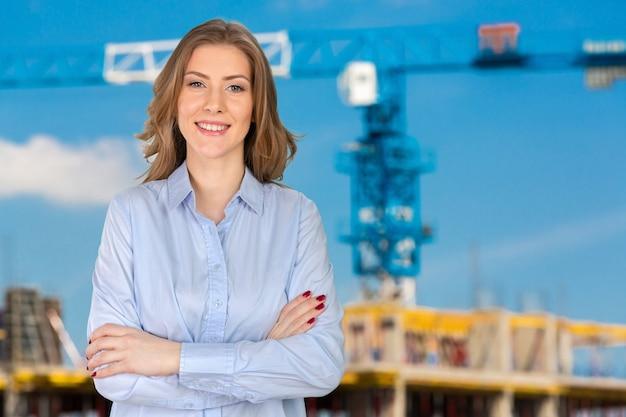 Portrait d'une femme d'affaires réussie