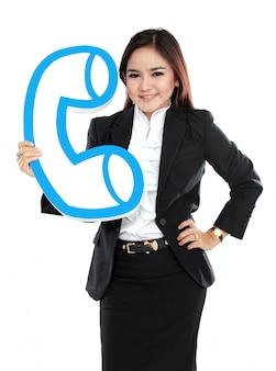Portrait, femme affaires, tenue, signe, téléphone