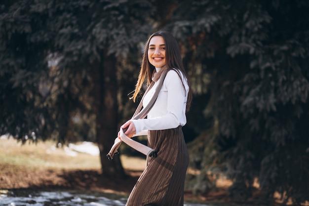 Portrait, femme, dehors, parc