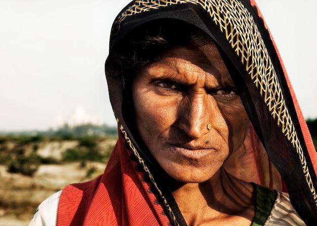 Portrait d'une femme indienne