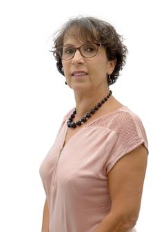 Portrait de femme mature brune avec des lunettes