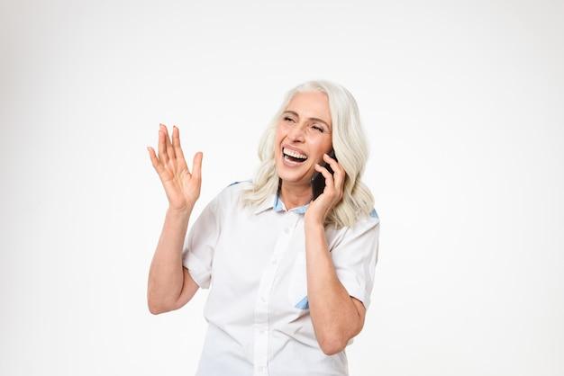 Portrait d'une femme mature heureuse