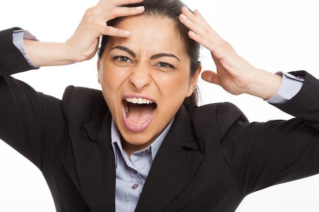 Portrait d'une femme en train de devenir folle