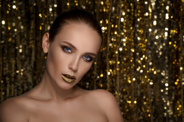 Portrait de fille magique en or