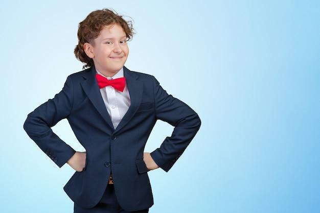 Portrait d'un homme d'affaires d'enfant