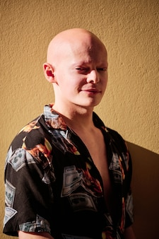 Portrait d'un homme chauve - concept d'homme d'affaires