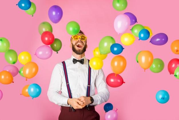 Portrait d'homme heureux