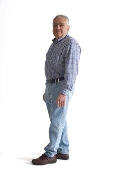 Portrait d'un homme mûr complet du corps