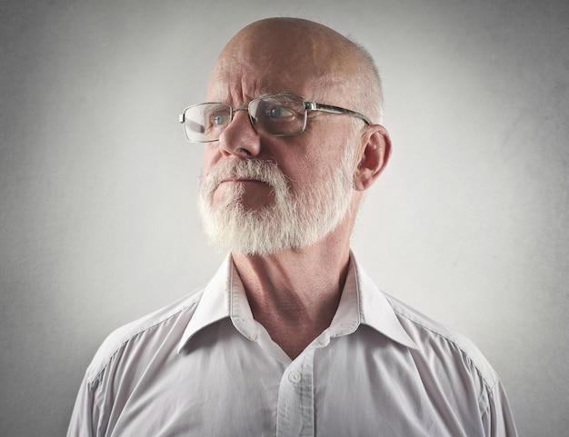 Portrait d'un homme senior