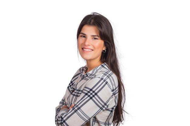 Portrait de jeune femme belle à la recherche et souriant.