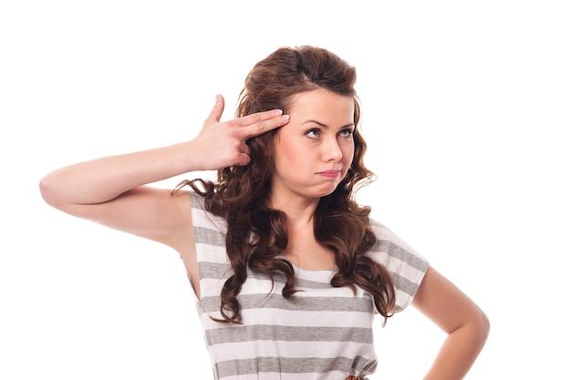 Portrait de jeune femme frustrée