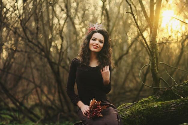 Portrait d'une jeune fille souriante