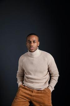 Portrait jeune homme africain