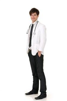 Portrait de médecin de médecine asiatique sur fond blanc en studio.