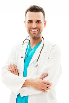 Portrait de médecin de sexe masculin confiant