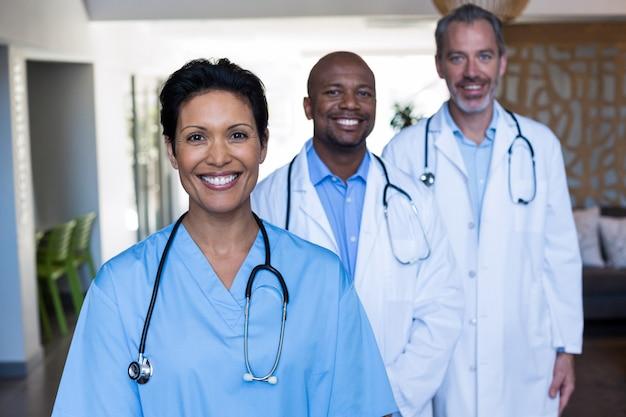 Portrait, médecins, infirmière