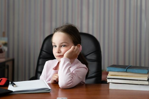 Portrait d'une petite fille.